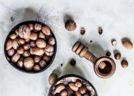 9 Best Nuts To Eat While On A Ketogenic Diet
