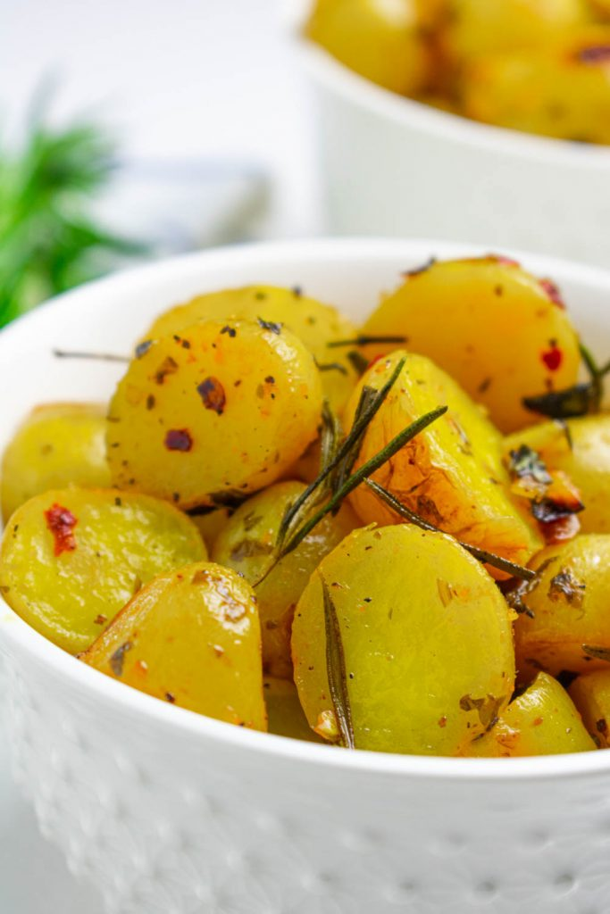 Garlic Lemon Herb Roasted Potatoes