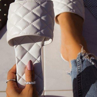 12 Affordable Flat Summer Sandals